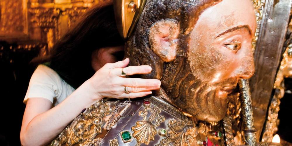 El abrazo al Apóstol Santiago