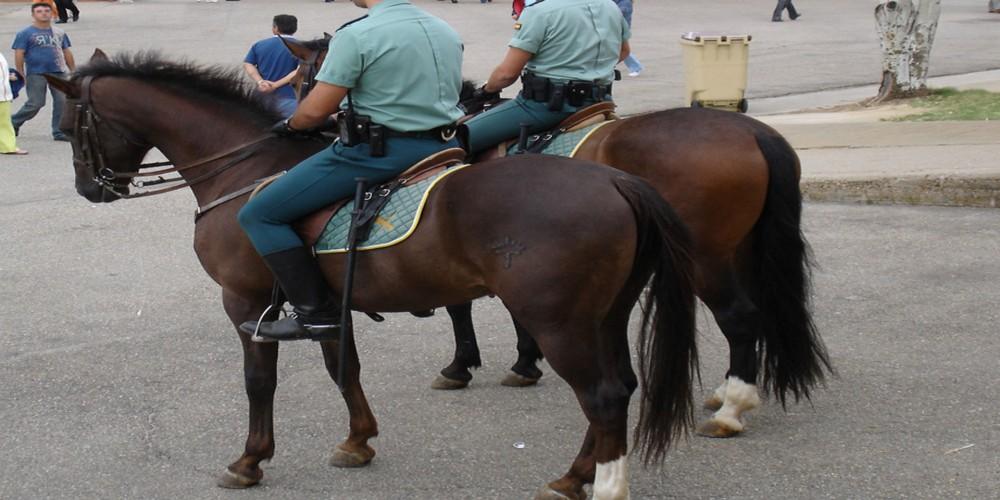 La Guardia Civil montada intensifica la seguridad del Camino de Santiago durante el verano